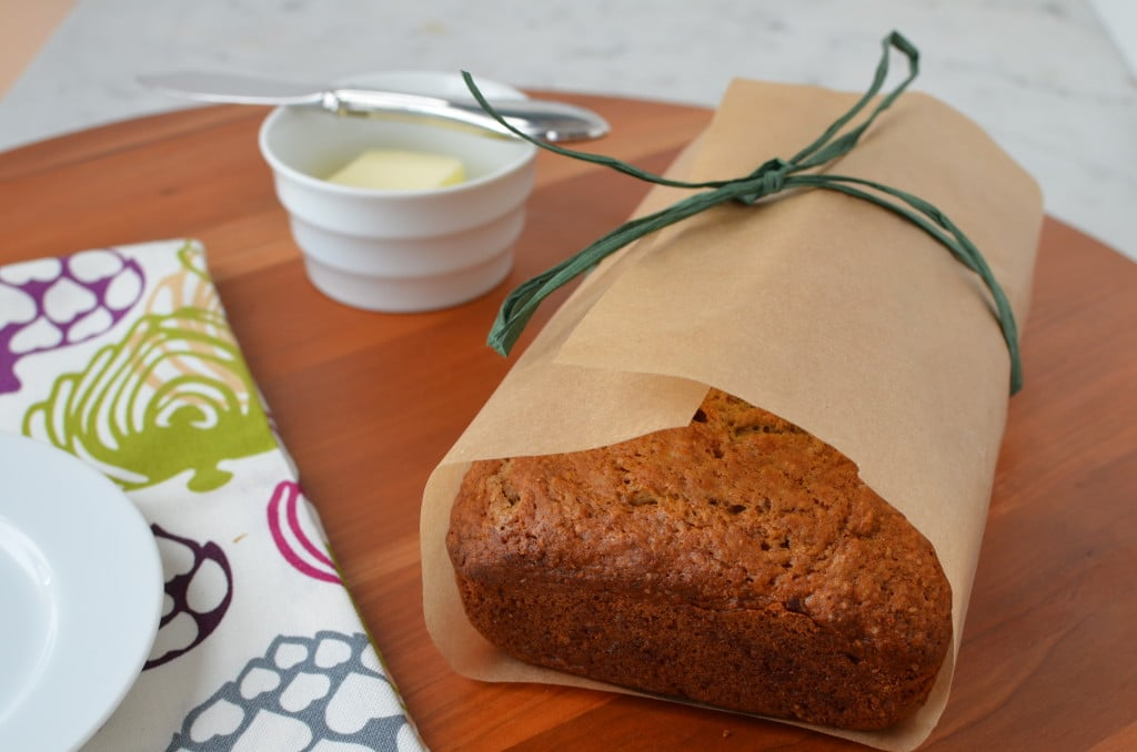 Classic Banana Bread/24 Carrot Kitchen