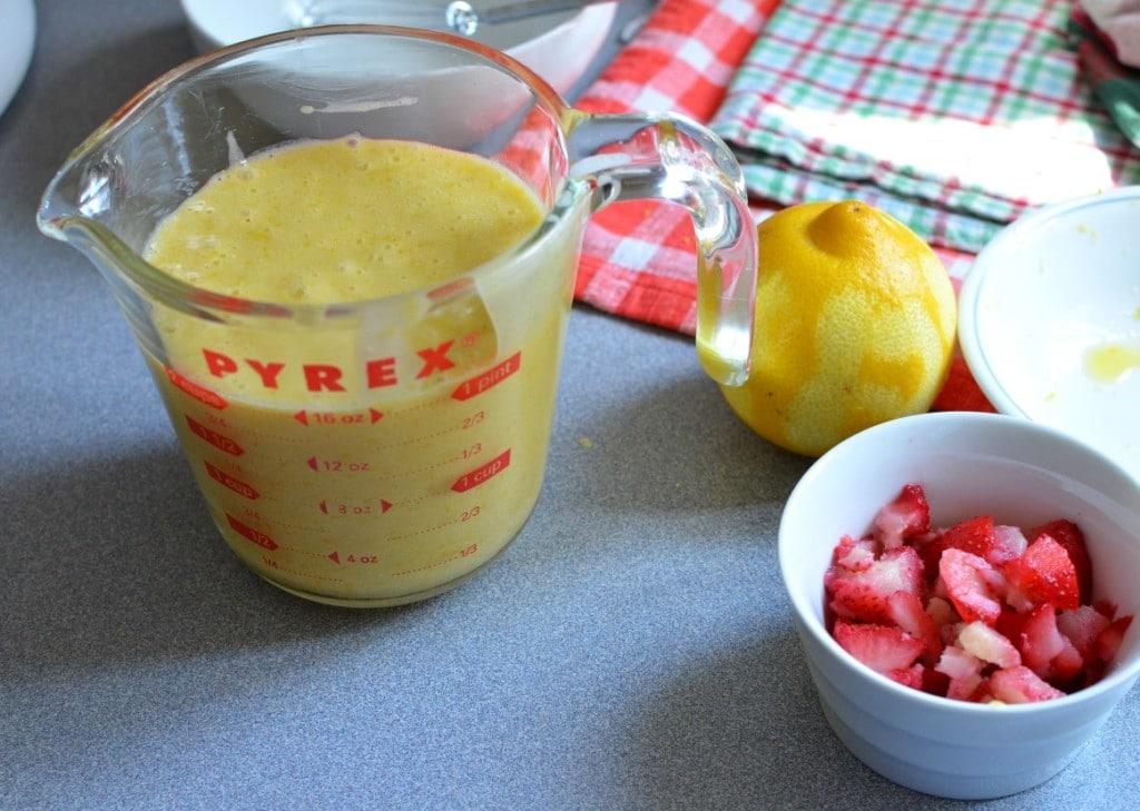 Strawberry Cornmeal Muffins/24 Carrot Kitchen