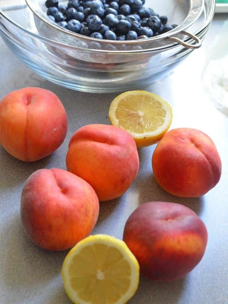 How to Peel Peaches - the easy way/24 Carrot Kitchen
