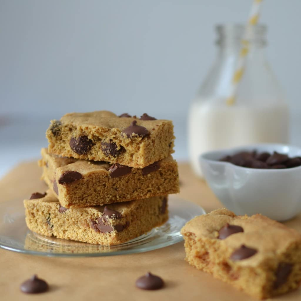 Chocolate Chip Blondies/24 Carrot Kitchen