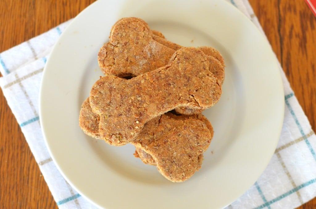Peanut Butter Dog Treats/24 Carrot Kitchen