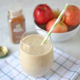 Apple Pie Smoothie - 24 Carrot Kitchen