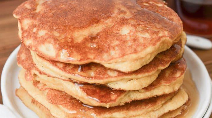 How To Make Amazing Paleo Coconut Flour Pancakes!