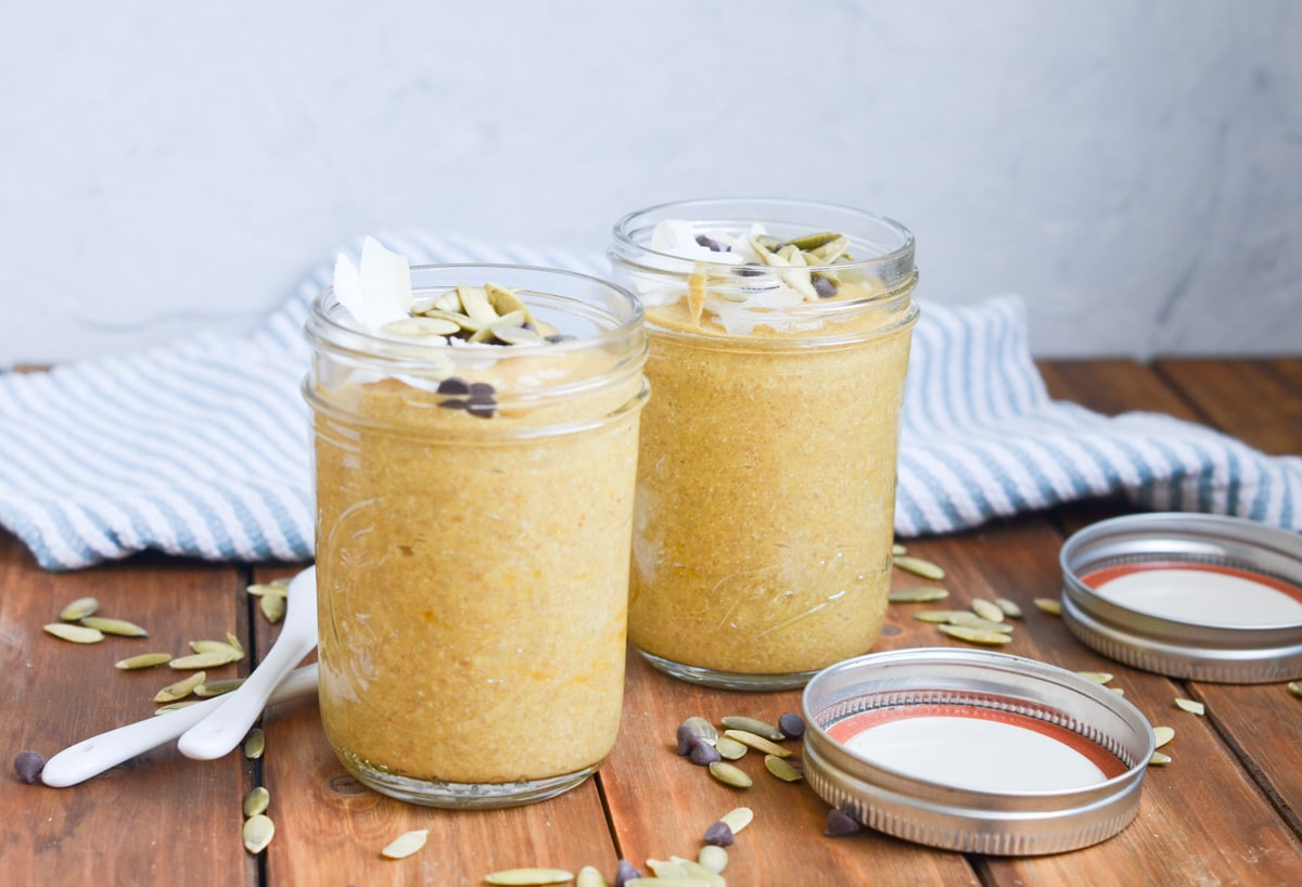 Pumpkin Chia Pudding in glass jars with lids