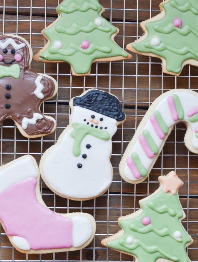 vegan sugar cookies - dairy-free Christmas cutout cookies!